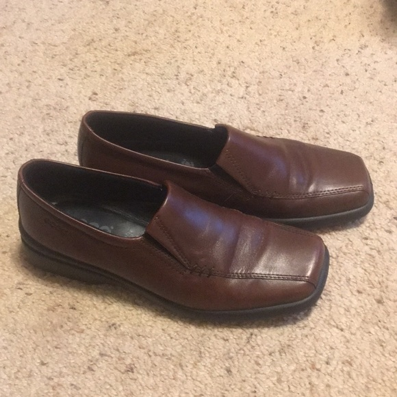 ecco loafers womens